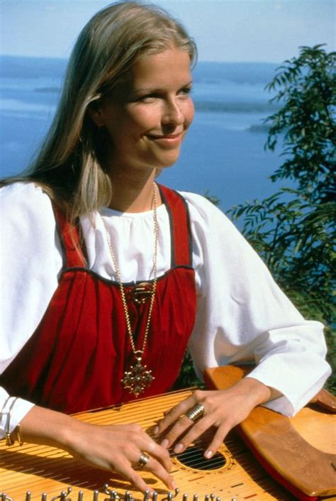 Tuija, Estonian Girl playing with the traditional