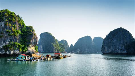 Vietnam for solo travellers - Lonely Planet Video