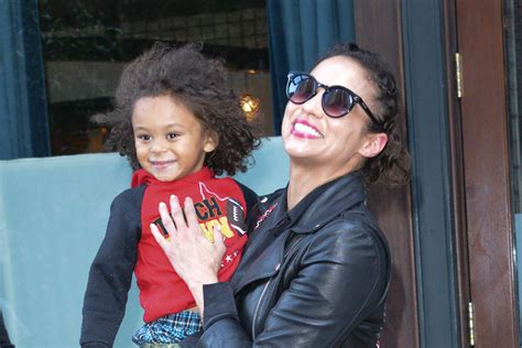 Paula Patton's Son Begged Her to Call 911 to Avoid Visit